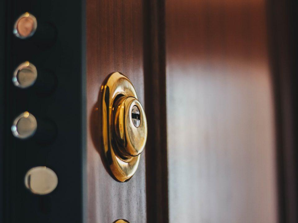 Puertas acorazadas seguridad garantizada