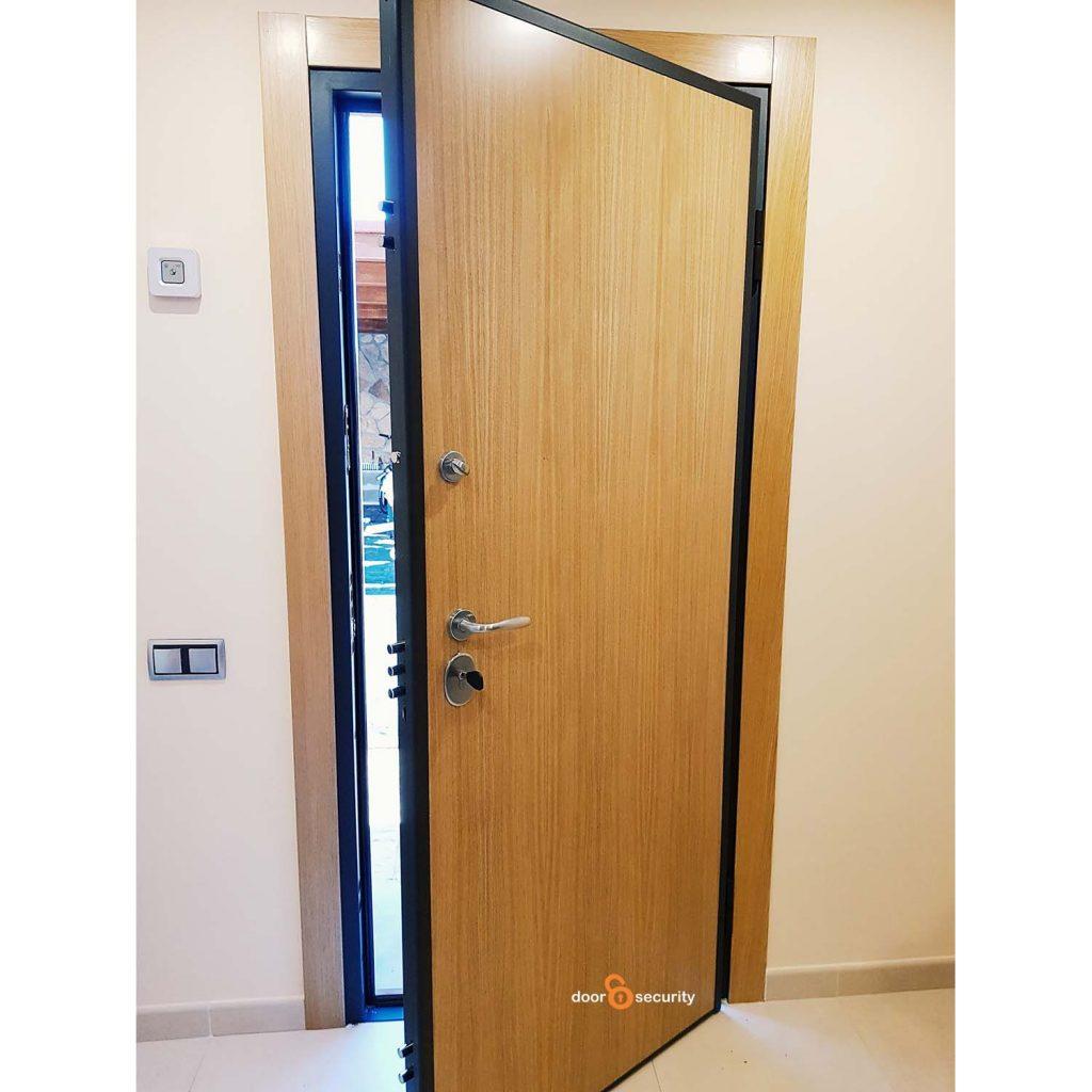 Puertas instaladas door security puertas acorazadas - Puerta acorazada madrid ...
